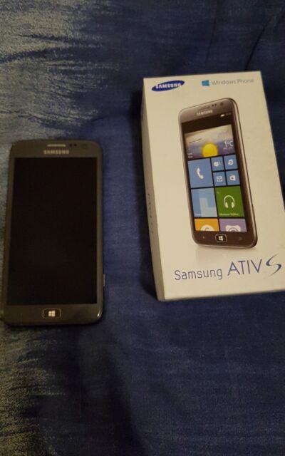 Samsung  ATIV S GT-I8750 - 16 GB - Aluminium Silver Smartphone