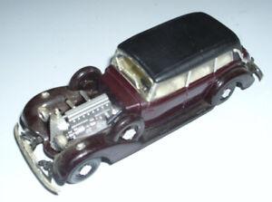 RIO-1937-MERCEDES-BENZ-Cabriolet-Maroon-Car-Model-1-43-DieCast-Made-in-Italy