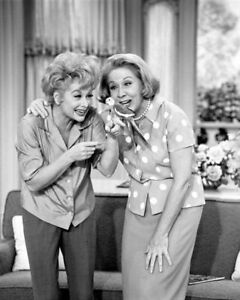 I-Love-Lucy-Lucille-Ball-Vivian-Vance-B-W-8x10-Photo