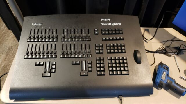 500 Series Lighting Control Console