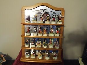 Lenox-Disney-Figurine-Thimbles-Through-the-Years-Complete-with-wall-shelf