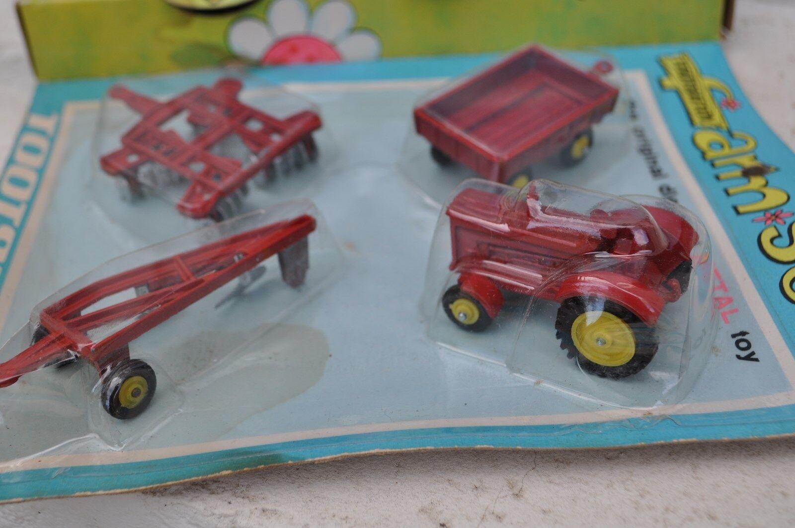 Tootsietoy, Matchbox Matchbox Matchbox Lesney 4 véhicules  engins agricole neuf sous blister 1969 b40f10