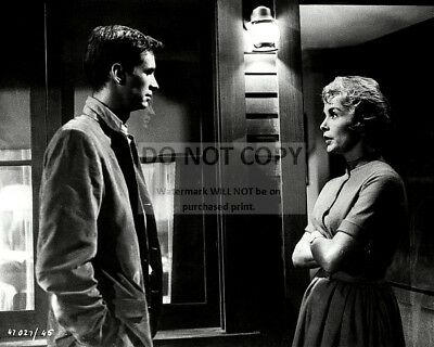 """ANTHONY PERKINS /& JANET LEIGH IN THE FILM /""""PSYCHO/"""" 8X10 PUBLICITY PHOTO BB-297"""