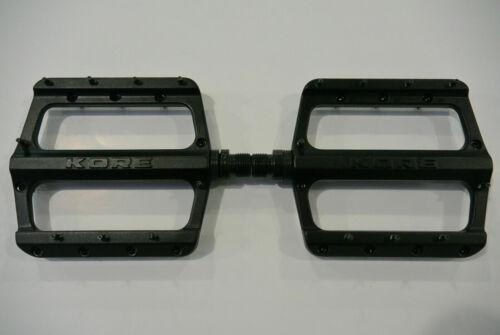 Pedals KORE Rivera 9//16 AL6061-T6 CRMO Axle
