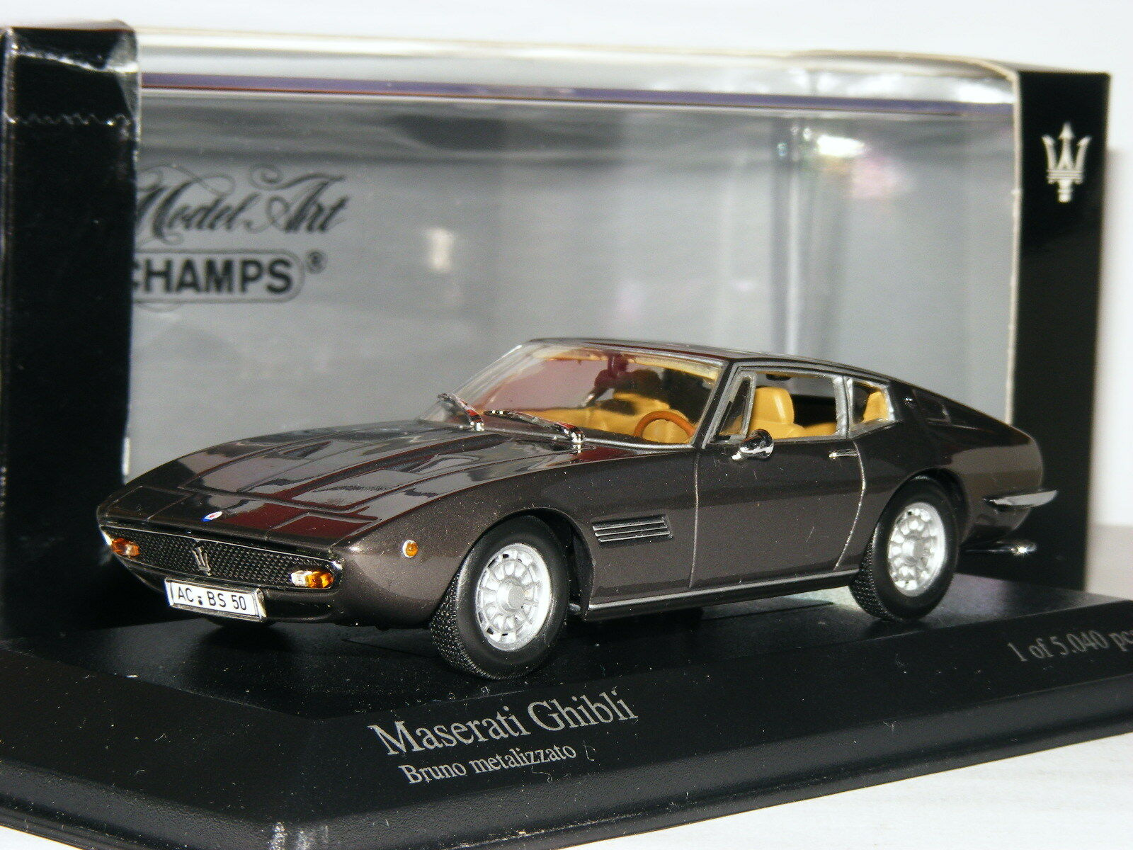 Minichamps 1969 Maserati Ghibli Coupe Metallic Brown LTD ED 1 43