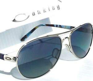 73a6f4855ea NEW  Oakley TIE BREAKER Silver AVIATOR w POLARIZED Grey Women s ...