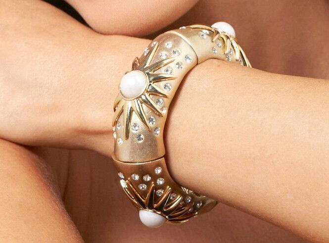 NIB Hutton Wilkinson  Constellation  Simulated Pearl & Crystal Stretch Bracelet