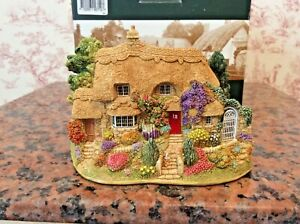 Lilliput-Lane-SOWING-THE-SEEDS-L2712-18th-Birthday-with-Box