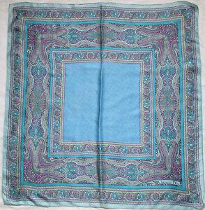 Superbe Foulard CHRISTIAN DIOR 100% soie TBEG vintage scarf   eBay 4efbd2d9da1