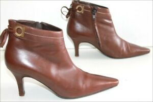 Détails sur SALVATORE FERRAGAMO Bottines Boots Pointues Tout Cuir Marron T 8 US 40 FR TBE