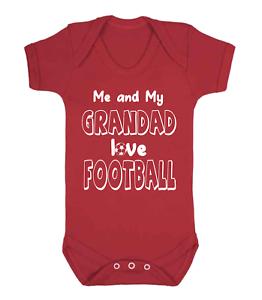 Moi et mon grand-père Love Football Bébé Gilet Babygrow Baby Shower rouge nouveauté