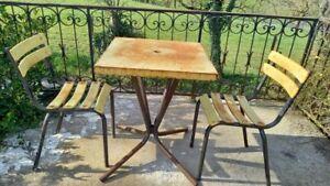 2 Chaises et table Fer Métal Jardin Bistrot Anciennes Vintage