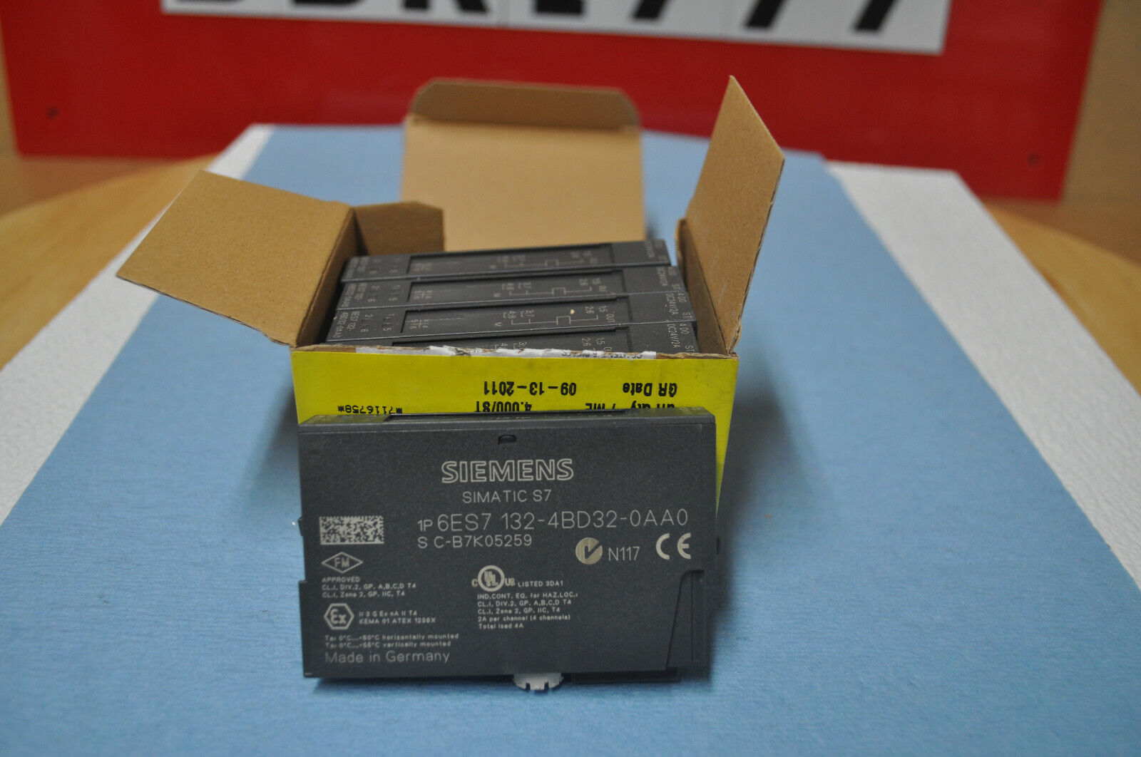 5pcs Brand new SIEMENS ET200S Module 6ES7-132-4BD32-0AA0
