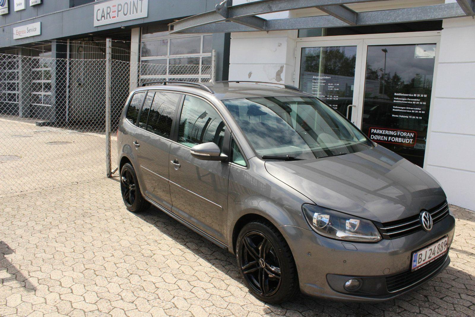 VW Touran 2,0 TDi 140 Comfortline DSG 7prs 5d