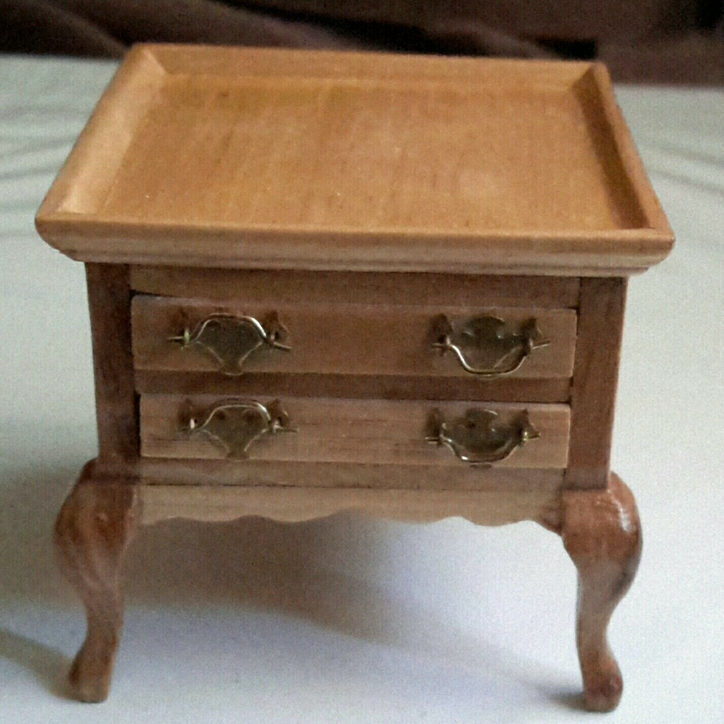 NEW Vintage Dollhouse Miniature END TABLE with DRAWERS By Fantastic  2005