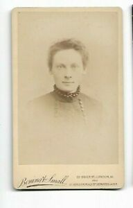 Victorian-Era-Woman-high-collar-Photo-by-Boning-amp-Small-London-6142
