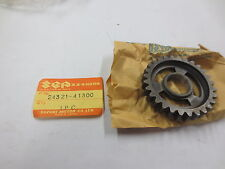 Suzuki RM100,RM125 1976-80 nos oem 2nd gear Driven p.n 24321-41300