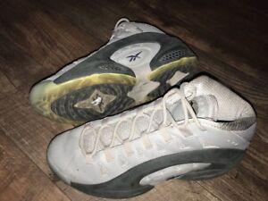 fea2cf373f3f75 Rare Reebok ES 22 Sneaker Deadstock Gray Size 12 Mens V45035 22 ...