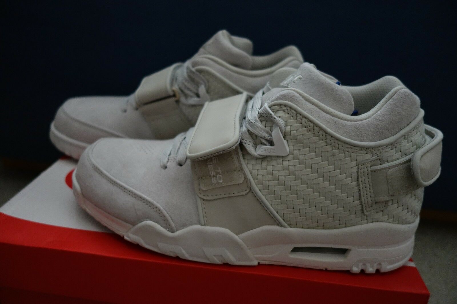 Nike Air Trainer Victor Cruz Light Bone size 9.5 777535-003