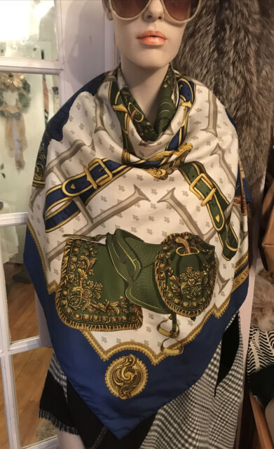 Hermes Paris Scarf Sellers A Housse Square  Silk Foulard