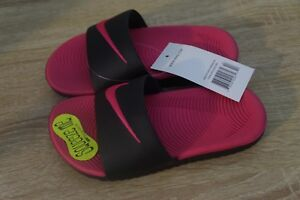 9d03b5630c NEW Girl's Nike Kawa Slide Sandals in Black/Vivid Pink | eBay