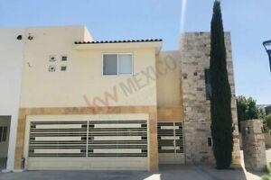 Casa Amueblada en Renta, Sector Viñedos, Torreón, Coahuila
