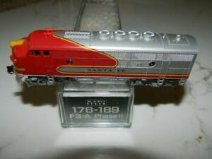 KATO-N-scale-176-189-ATSF-Santa-Fe-EMD-F3-A-Unit-Phase-II-Diesel-Loco-NOS-NIB