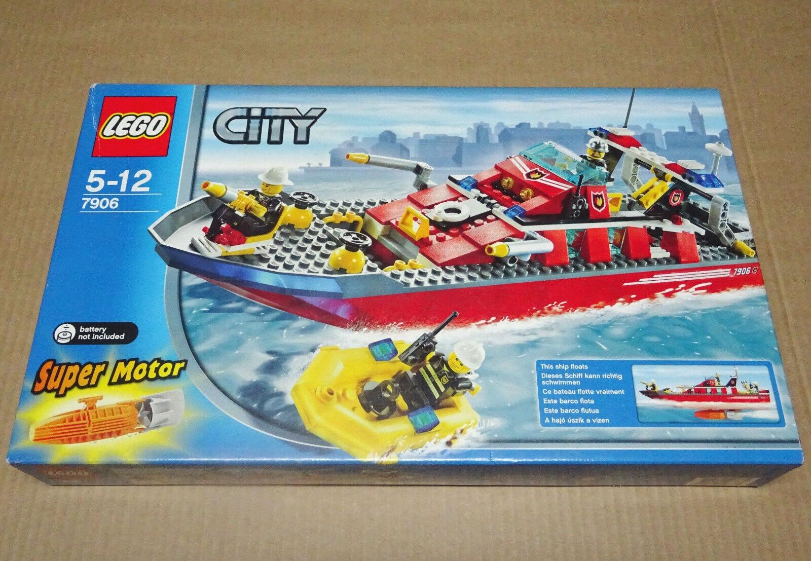 LEGO CITY BOMBEROS LANCHA CONTRA INCENDIOS 7906 - NUEVO, PRECINTADO SIN ABRIR