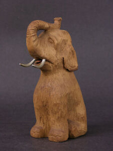 Early-20th-Century-Anonymous-Wood-Carving-Sitting-Circus-Elephant