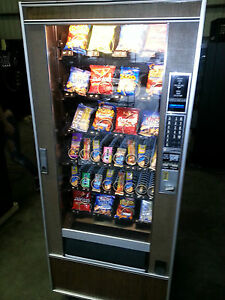 CRANE-NATIONAL-SnackTron2-4-Wide-6-Tray-Snack-Machine-LOCAL-DELIVERY-WARRANTY