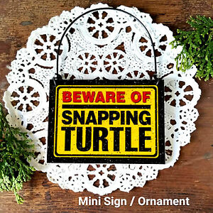 DecoWords-Mini-Sign-Wood-Ornament-Beware-of-Snapping-Turtle-Gift-Made-in-USA-New