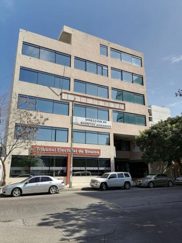 Edificio JC Chávez en renta Nivel 2 por Palacio de Gobierno