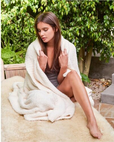Cream Barefoot Dreams 503 Cozychic Adult Throw Pink Dove Grey