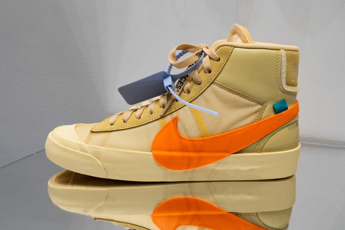 Off-White x Nike Blazer Mid All Hallows Eve 4.5 5.5 Total orange AA3832-700