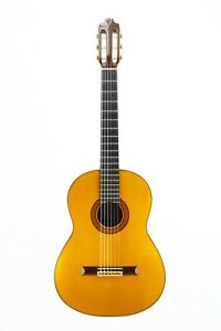 Vicente Camacho 1977 - classical guitar handmade by the great master + video!