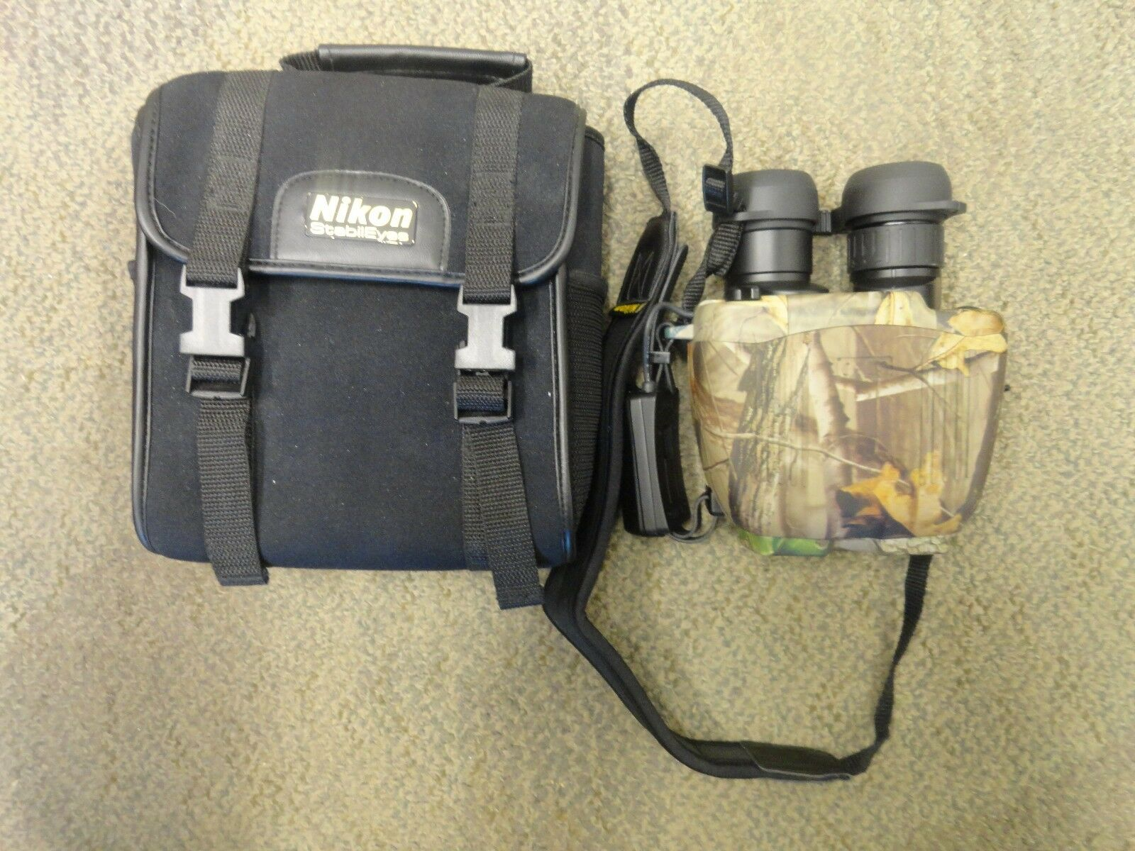 Realtree Camo Nikon StabilEyes 12x32 VR Image Stabilization Binoculars with Case