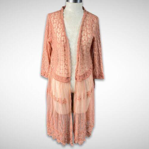 Xhilaration NWT Embroidered Floral Lace Kimono Dus