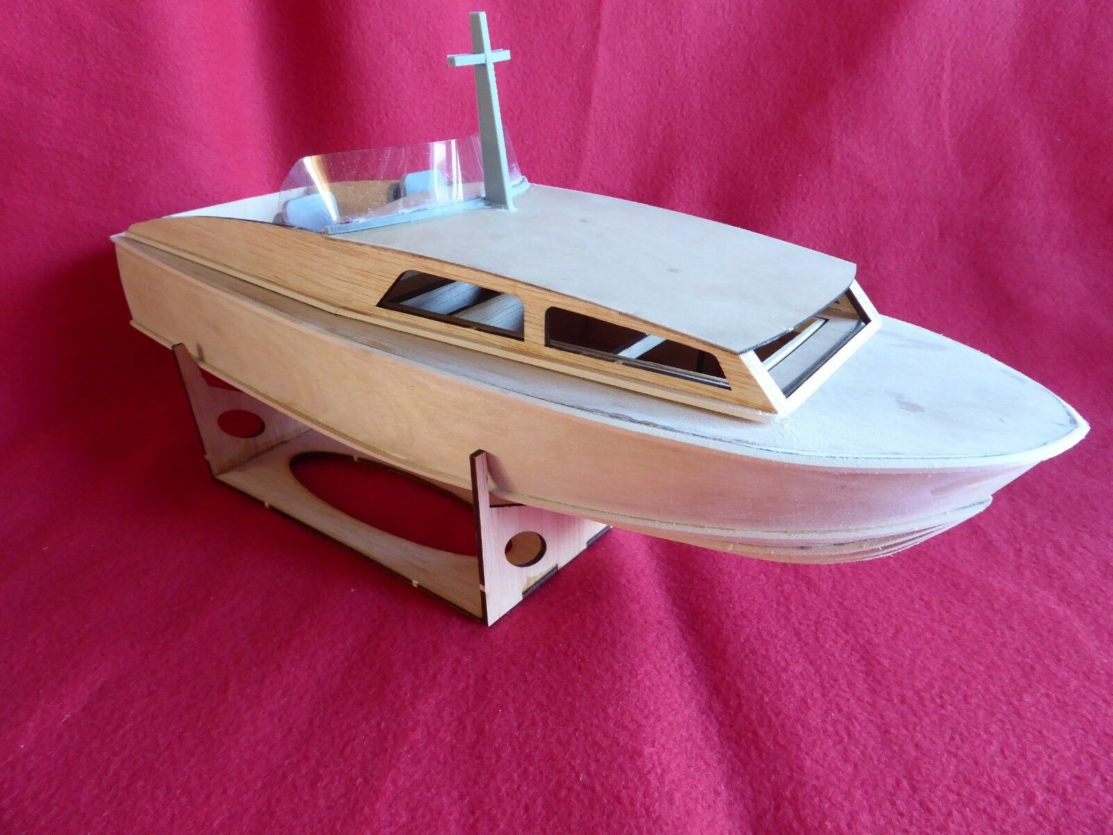 Off shore Racer, Wooden model boat kit. 450mm long.