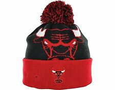 New Era Chicago Bulls Black/Red The Woven Biggie Beanie With Pom
