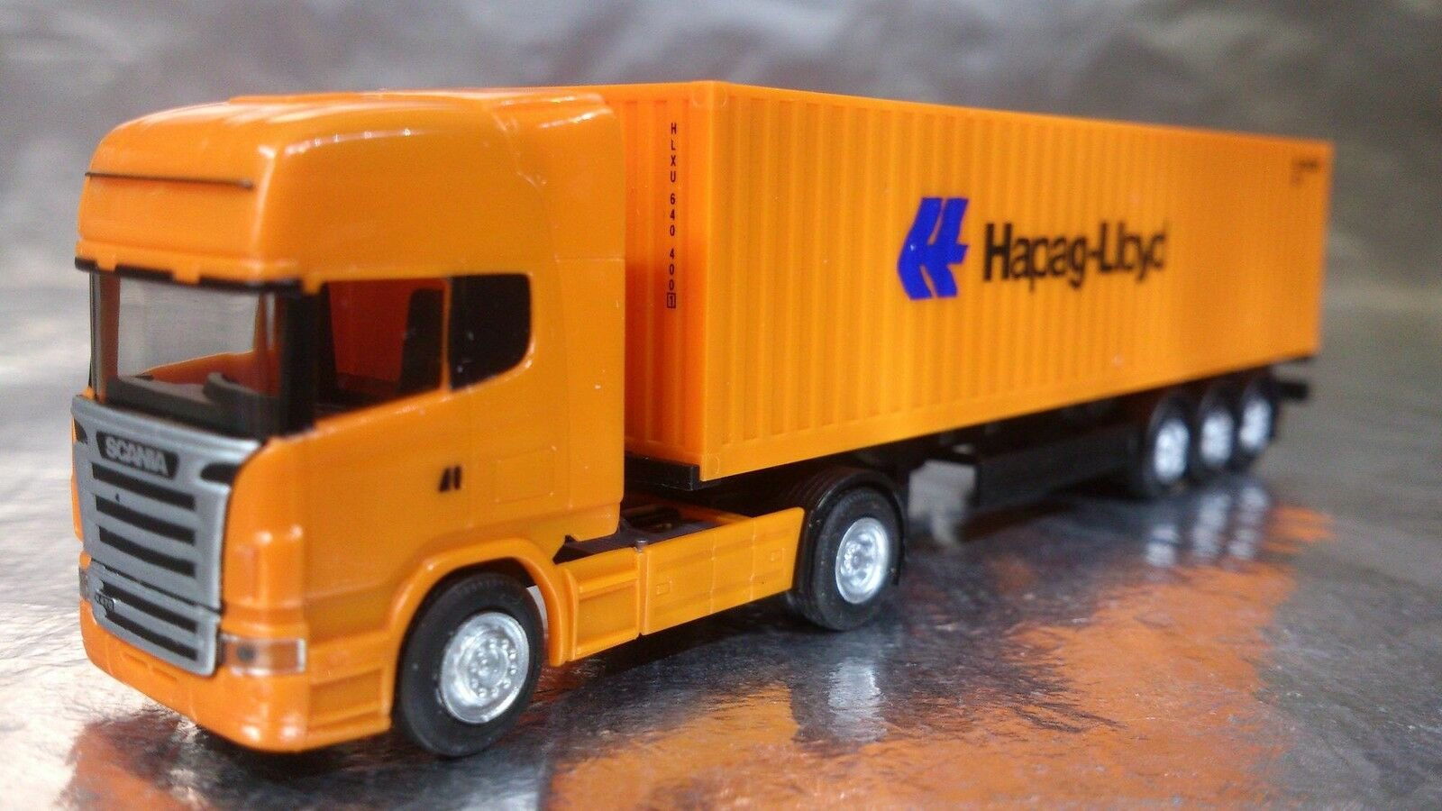 Herpa 066594  Scania R TL Container Semitrailer  Hapag Lloyd  1 120  Scale