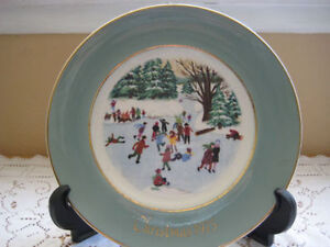 Avon 1976 Christmas Plate Fourth Edition Series By Enoch Wedgwood England