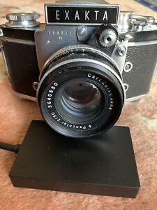 Exakta-Cam-with-carl-Zeiss-Jena-Pancolar-50mm