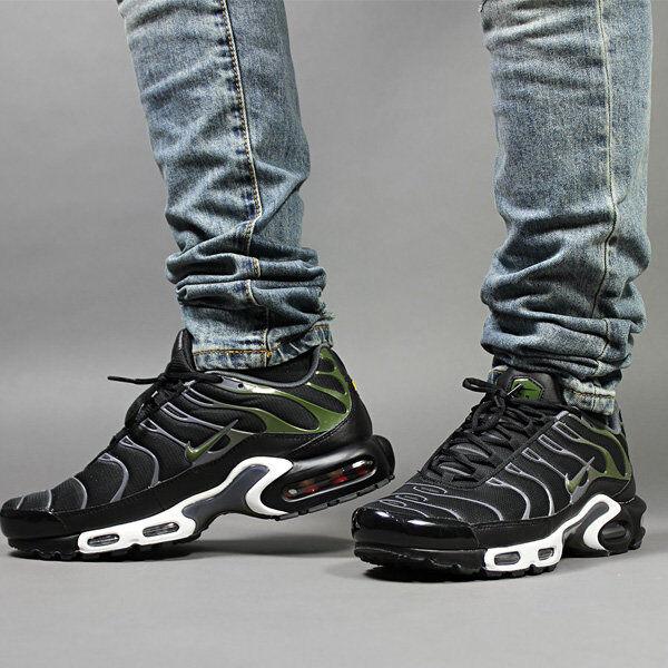 Mens Nike Air Max Plus TN Sneakers New, Black   Legion Green 852630-007
