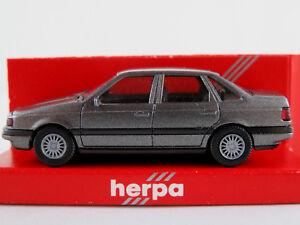 Herpa-3068-VW-Passat-GL-sedan-1988-1993-en-gris-metalizado-1-87-h0-nuevo-en-el-embalaje-original