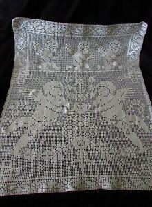 Pretty-Antique-French-Cherub-Angel-Crochet-Cotton-Petite-Table-Altar-Cloth-c1900