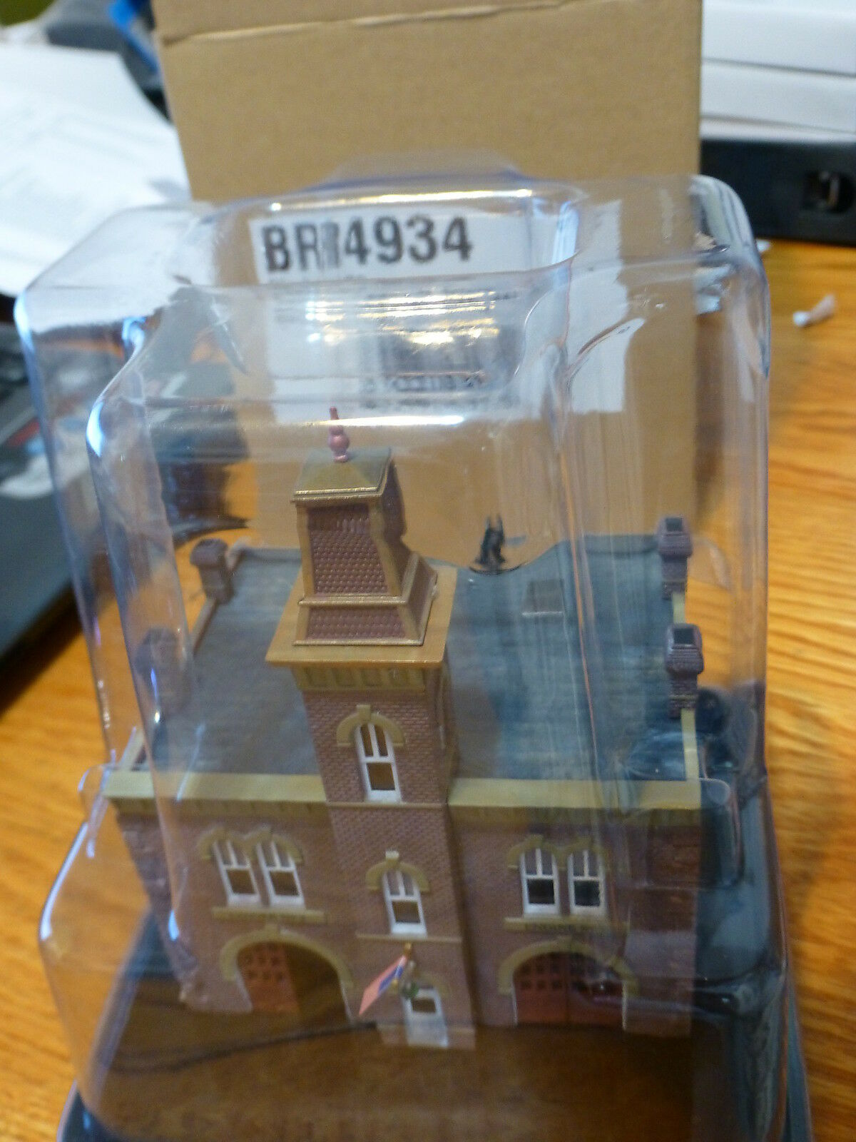 Woodland Scenics N Scale Firehouse Built-& Ready to place on Layout