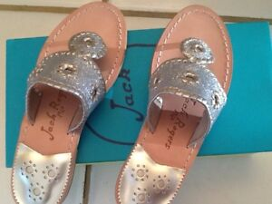 JACK-ROGERS-SPARKLE-SANDALS-LEATHER-SILVER-PLATINUM-NIB-5M-MSRP-138
