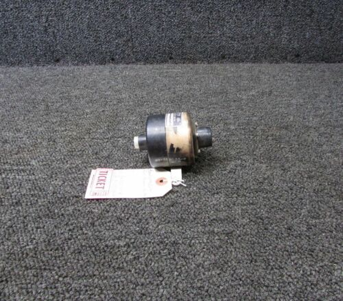 USE: 50-389055-2 Beech Gorn Fuel Pressure Switch GP8000-50-2