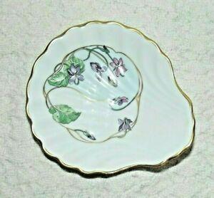 Vintage Christmas shell ring dish