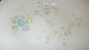 Fine-China-Dinnerware-Rapture-by-Liling-Service-for-4-NWOT-20pieces-Platinum